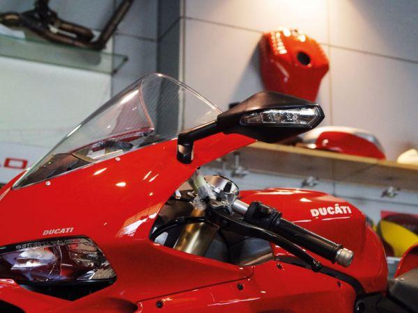 Blinkerspiegel 7724-7725 schwarz für Ducati Panigale V4   V2