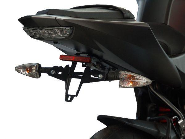Porta matrícula IQ4 para la Yamaha R125 (2008-2013)