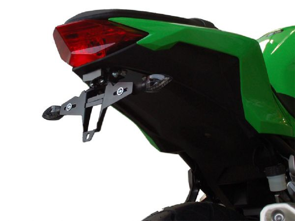 Porta targa IQ1 per Kawasaki Ninja 300 (2013-2016)